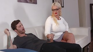 Very Bad Milf Alura Jensen Rules The House