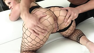 Lord it over bootylicious nympho with fishnet stuff Lisey Beloved loves fixed anal