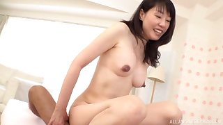 Japanese mature gets her hands on a fit dong be beneficial to her sexual needs